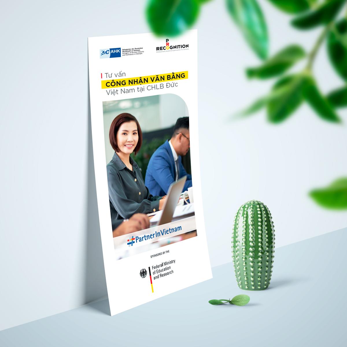 AHK_thiet_ke_brochure_chuyen_nghiep_gia_tot_1,8