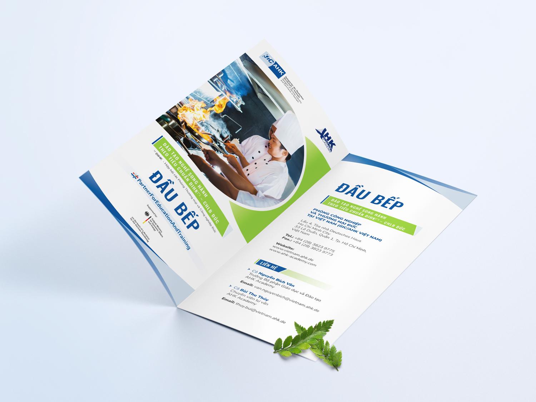 thiet_ke_in_to_roi_bifold_standee_brochure_re_dep_AHK_7